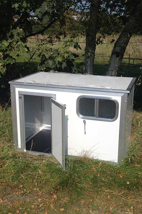 Plastic Thermal Dog Cabin Standard Chicubes